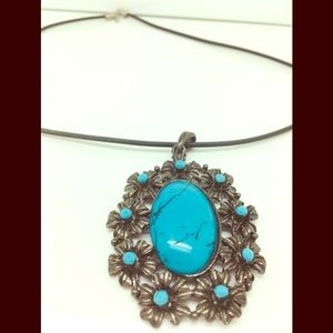 Pendant choker style necklace gothic hippie style